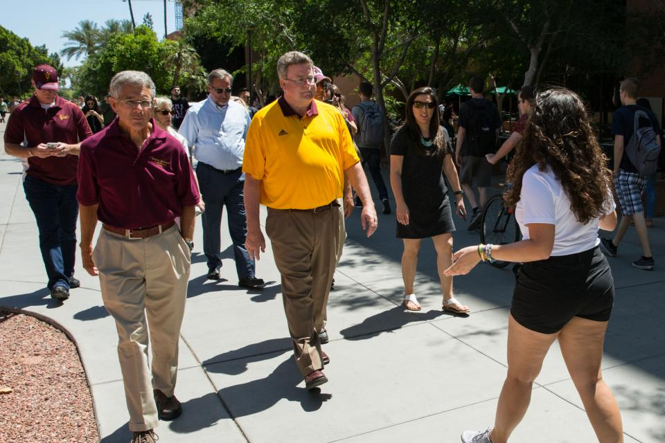 people receiving a tour of the Tempe campus