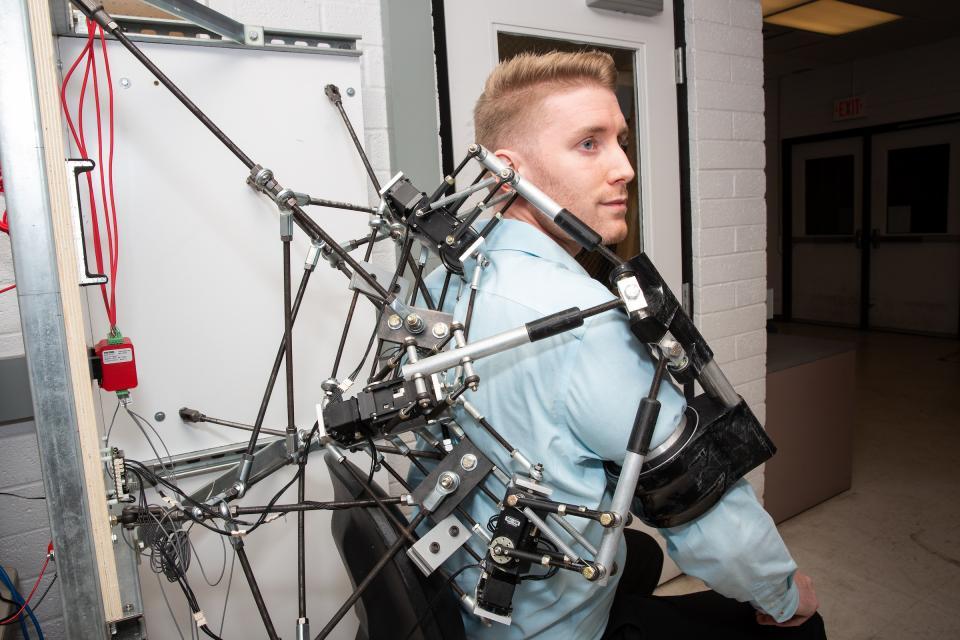 shoulder robotics