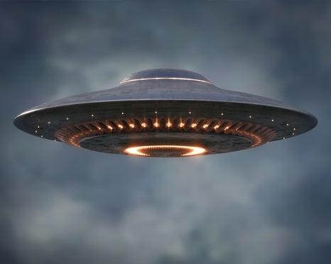 flying alien saucer